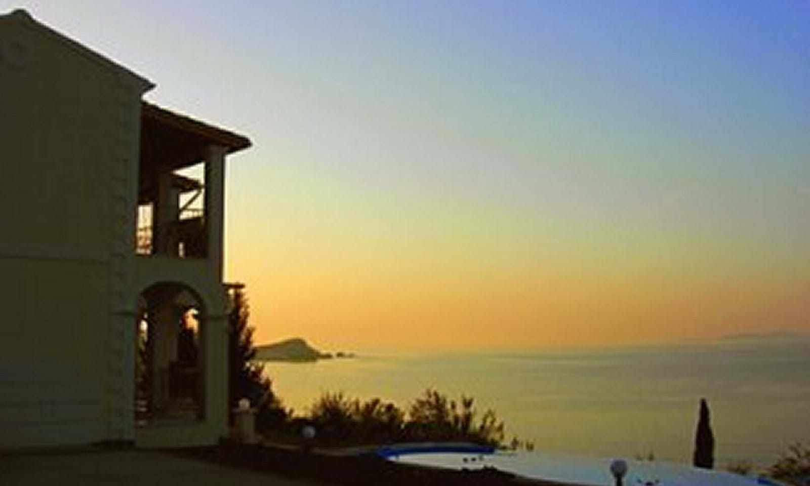 Property next to the sea in Corfu