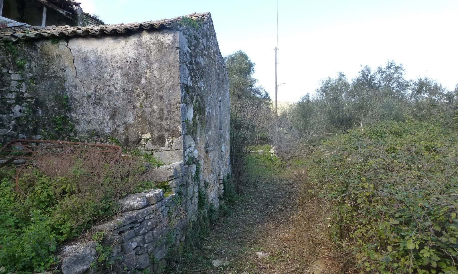 Old stone property for sale in Corfu
