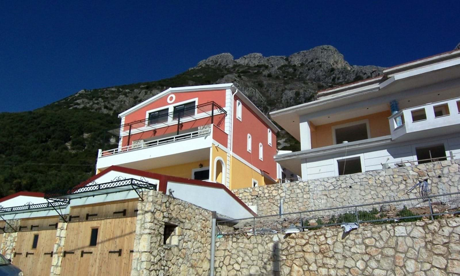 houses for sale in greece