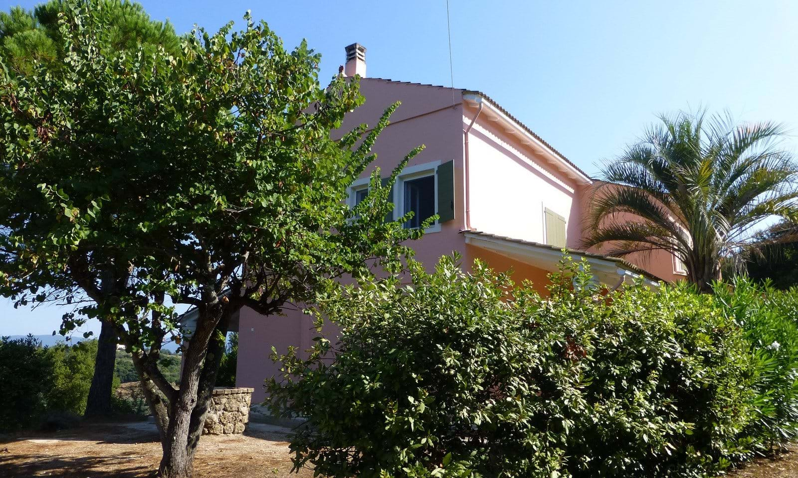 Country houses for sale in Corfu