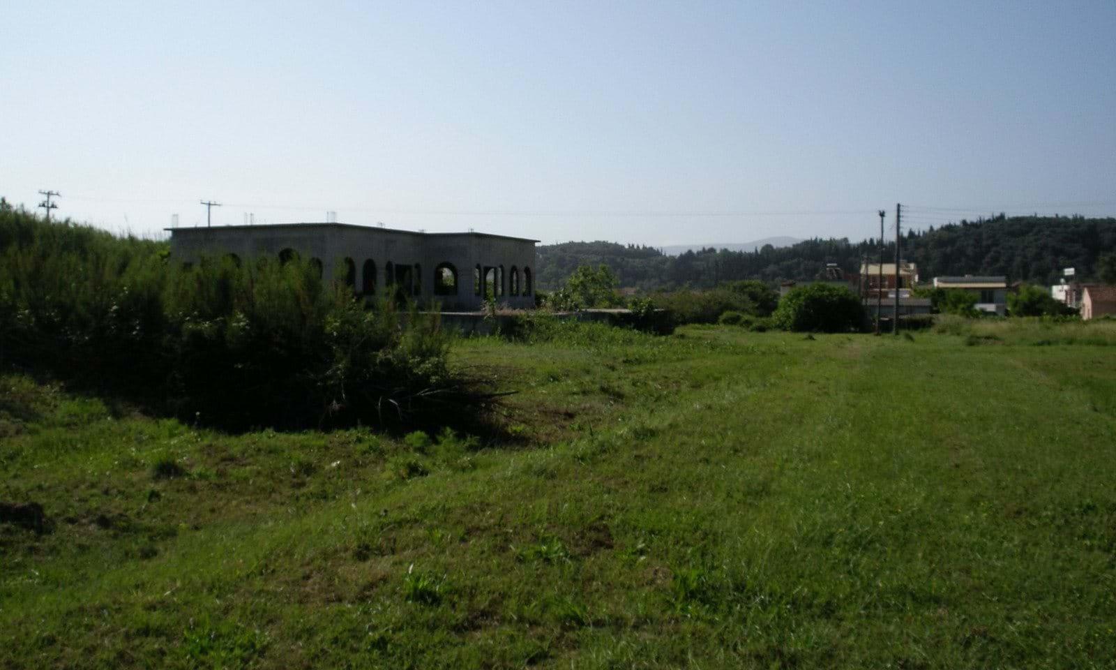 commercial land on beach north corfu