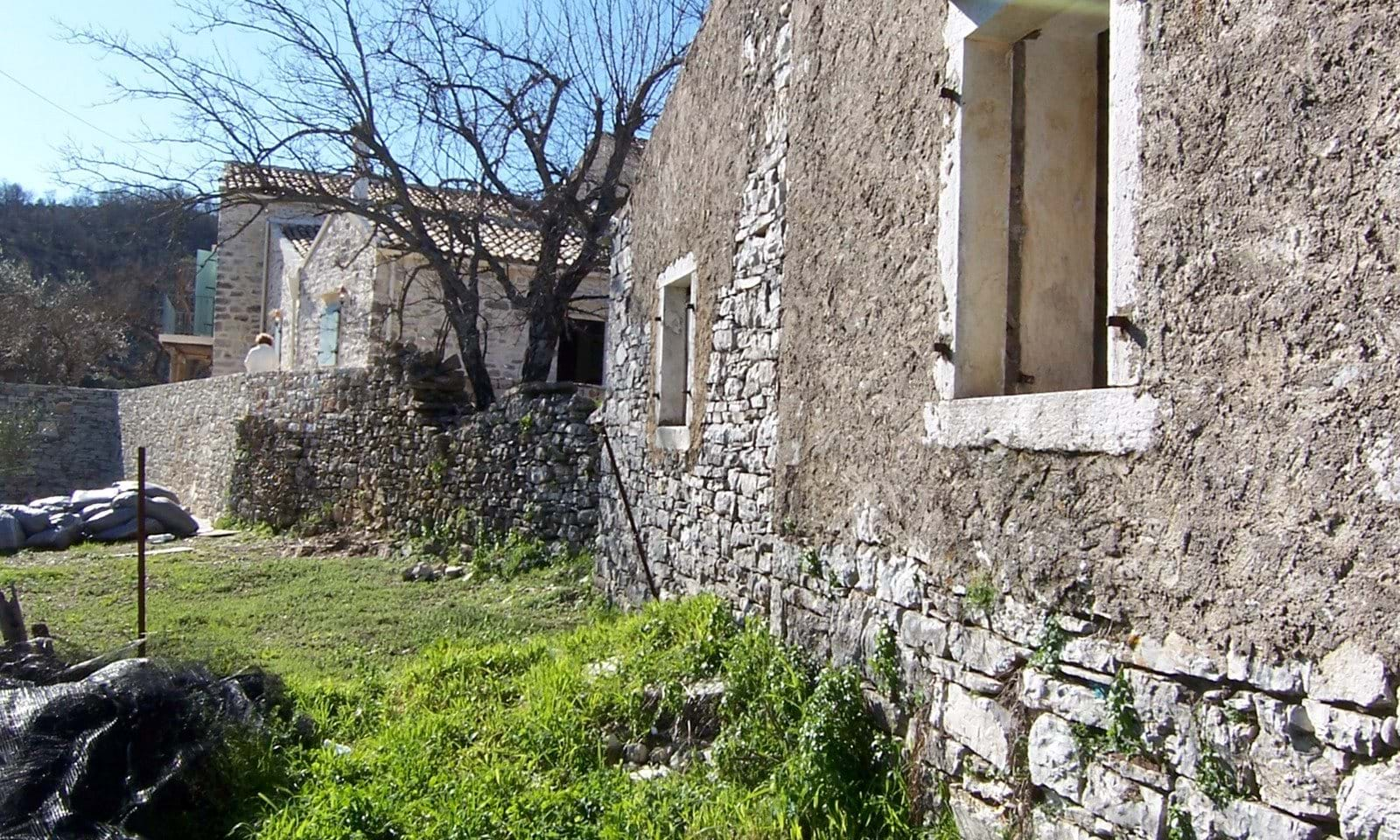Old stone property in Greece