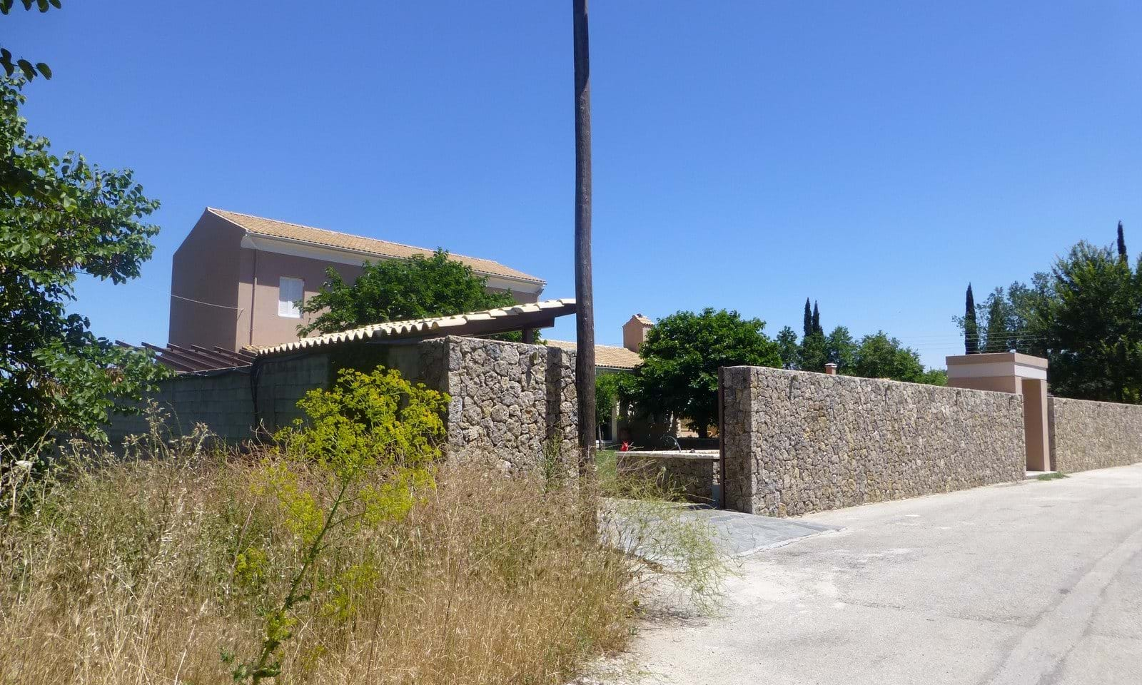 Houses for sale in North Corfu