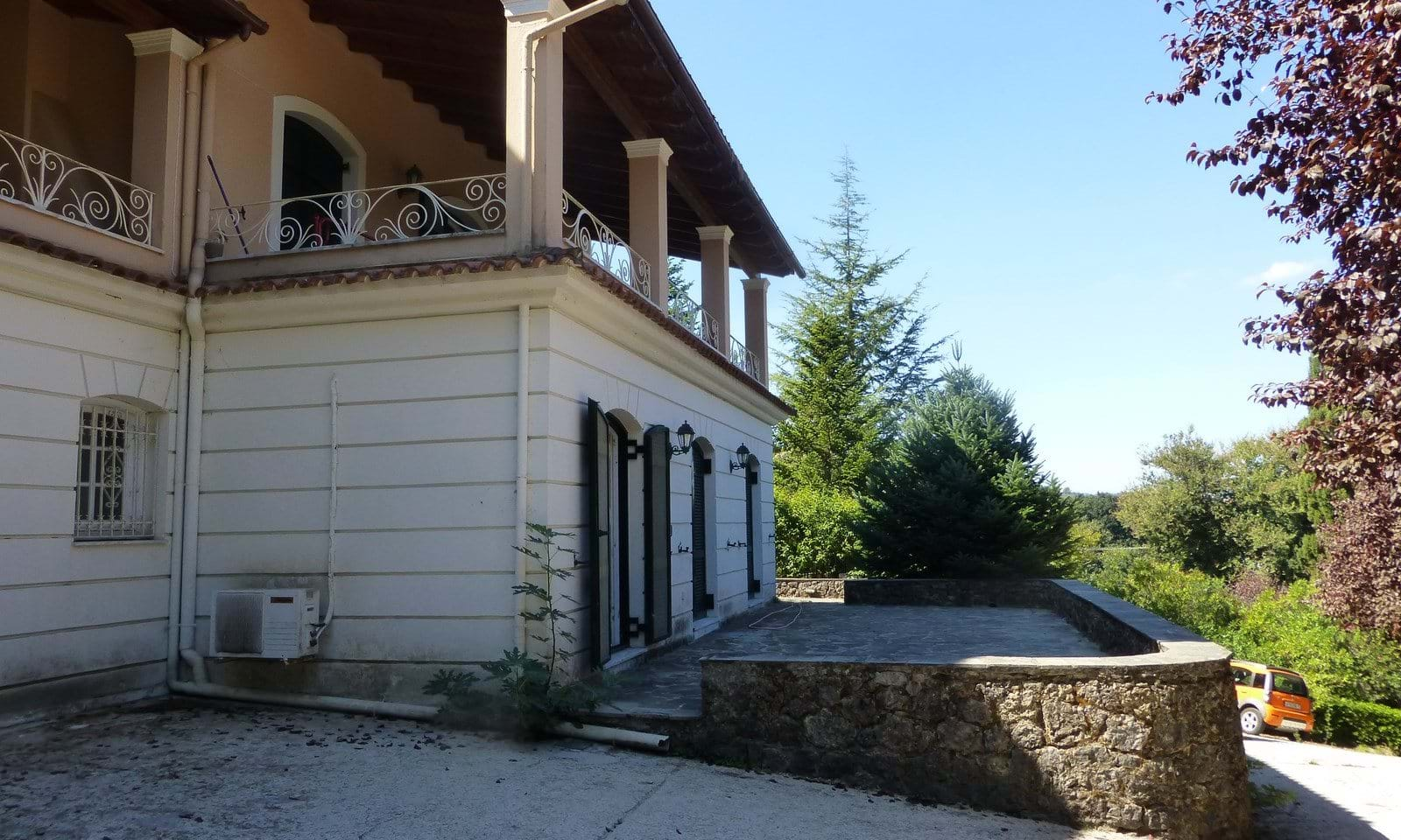 Luxury property in Corfu