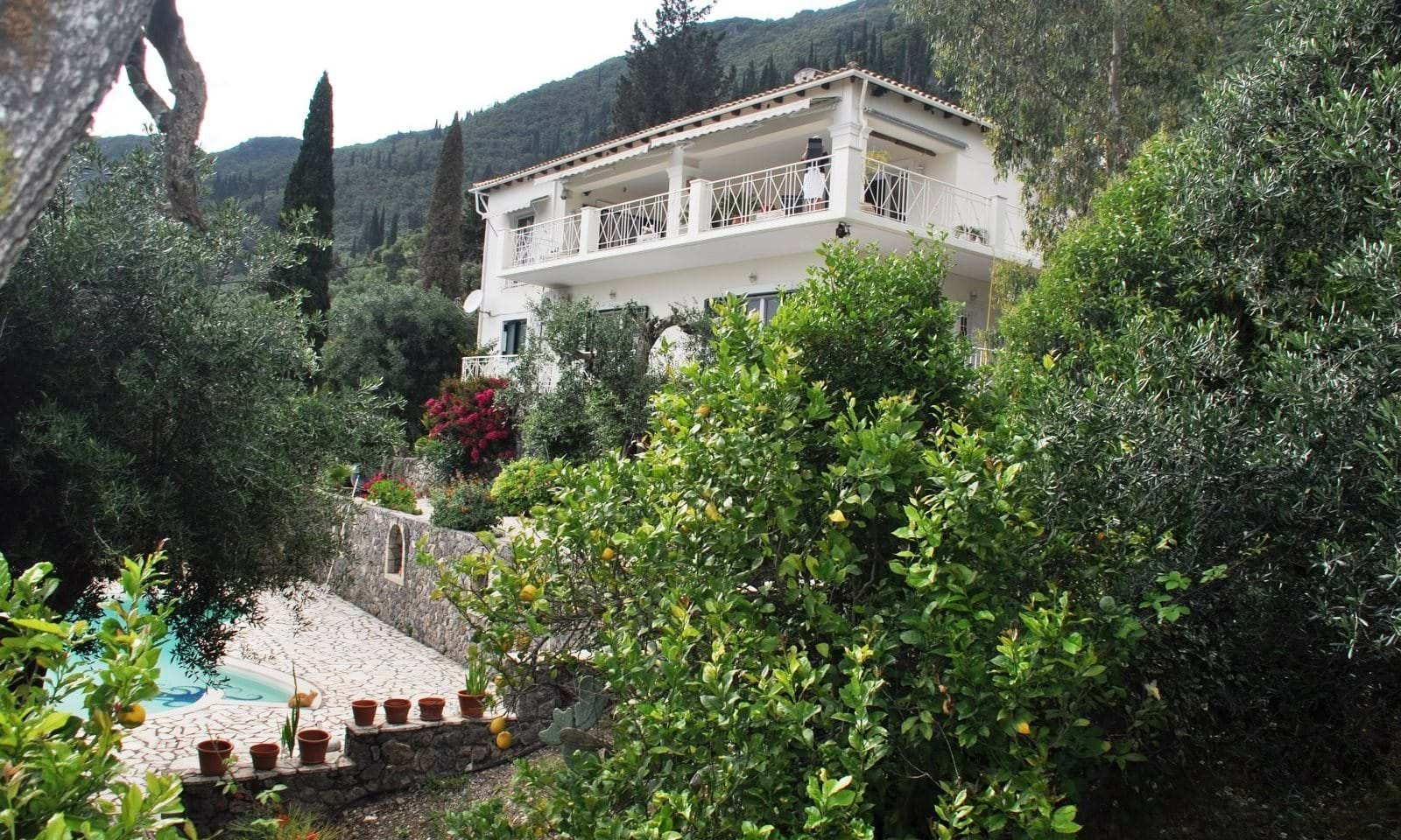 beautiful villa for sale in corfu
