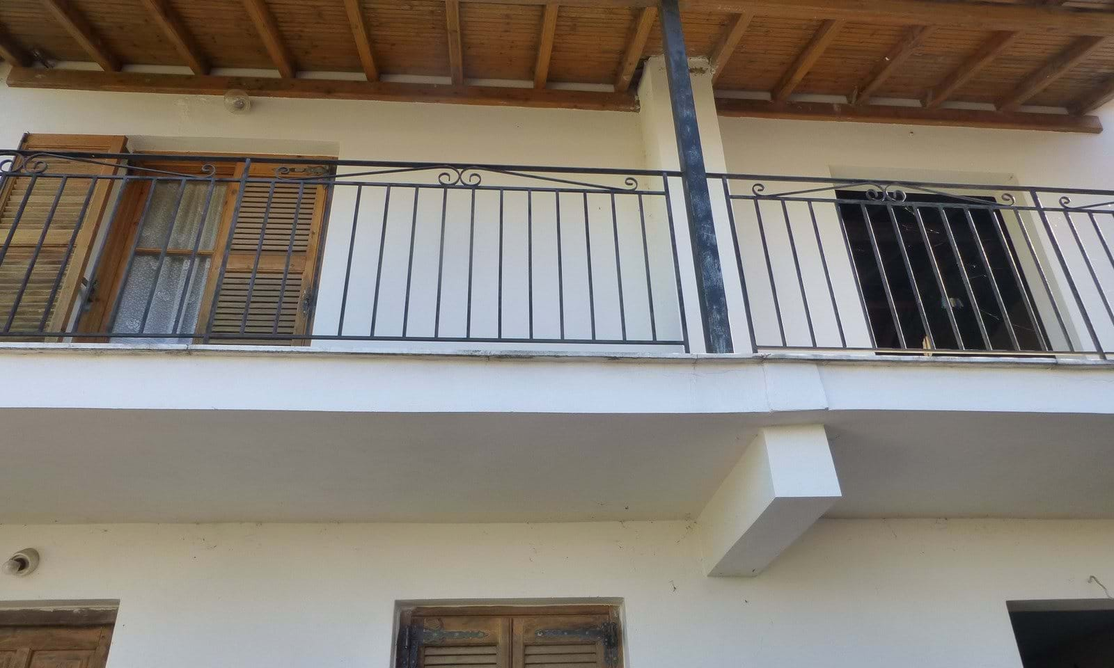 House for sale in North Corfu