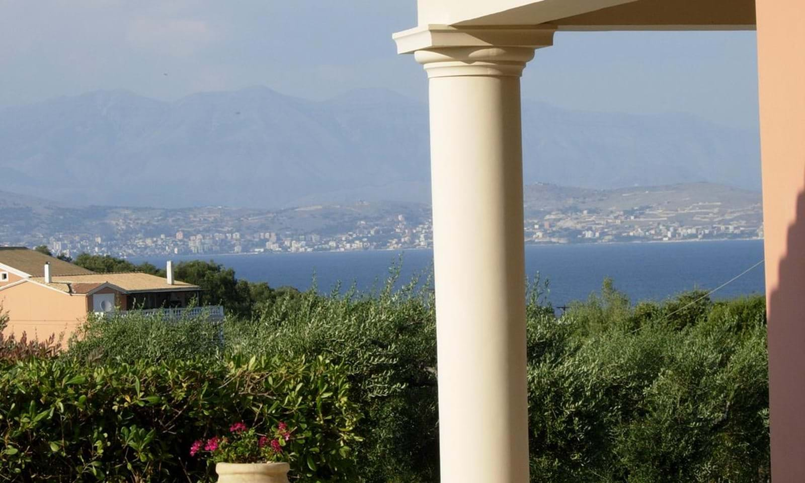 Villa for sale in Kassiopi Corfu