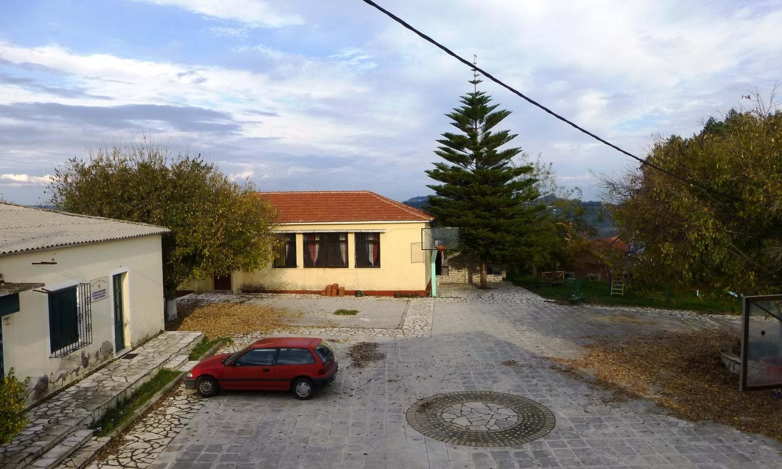 Country house for sale in Corfu