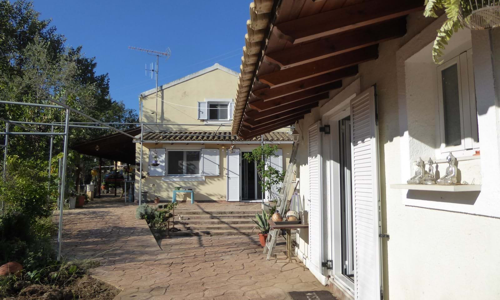 Houses for sale in north east Corfu