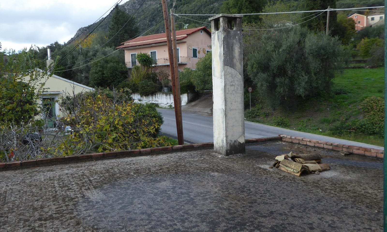House for sale in Skripero Corfu