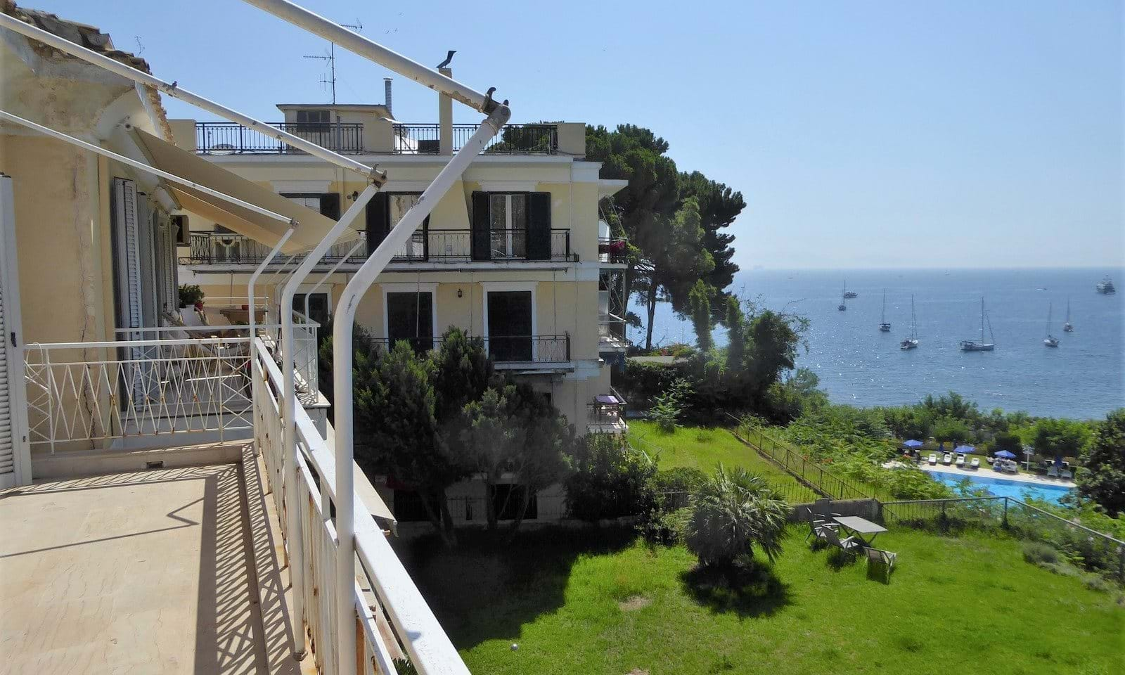Central Corfu town apartment