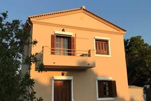 LAUREL HOUSE, St. Georges South, Corfu